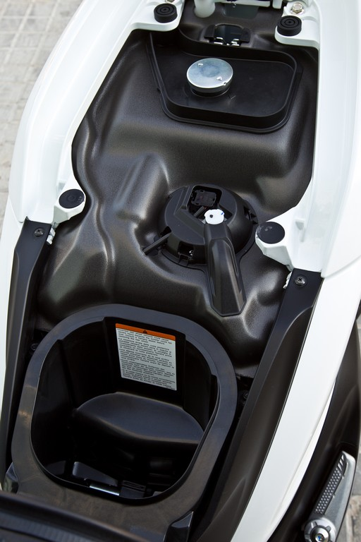 Xenter on Four Stroke Engine