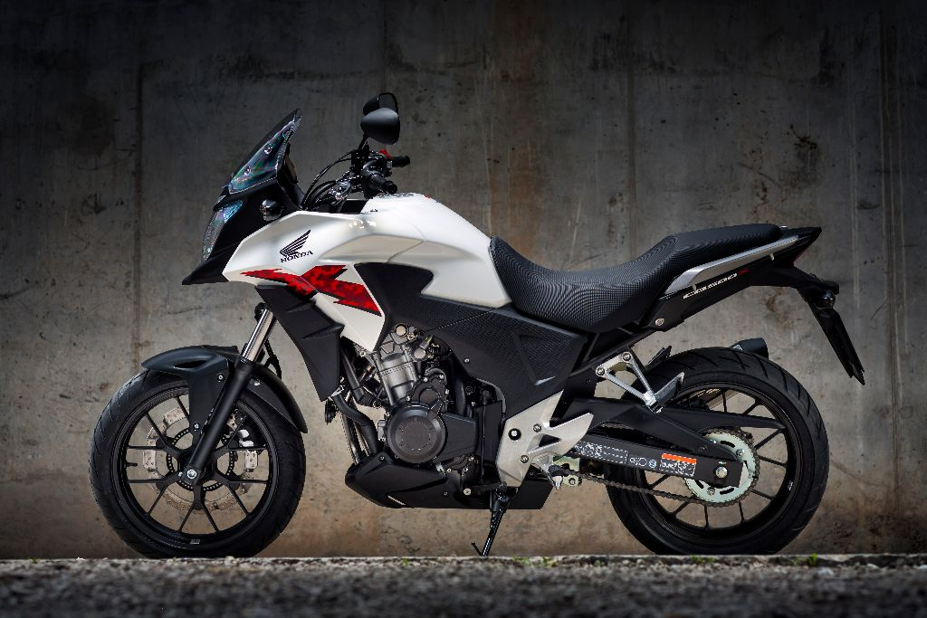 honda cb500x first uk launch test road tests 2commute. Black Bedroom Furniture Sets. Home Design Ideas