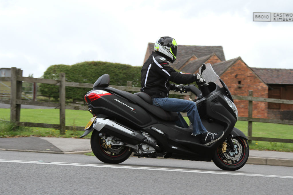 Sym Maxsym 600i ABS » Road Tests » 2Commute